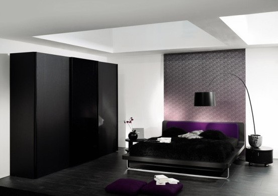Creative Ideas on Black and White Bedroom Designs   Black And White Bedroom  Designs with Deep purple color. Black And White Bedroom Designs with Deep purple color   Home