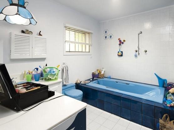 Candice Olson Bathroom