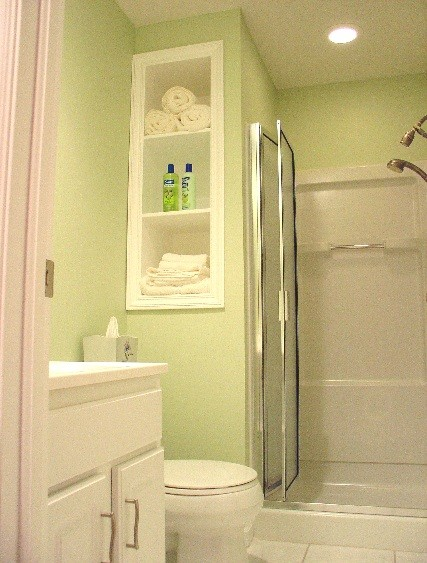 Small Bathroom Renovation Ideas for Spacious Look | Home Interiors