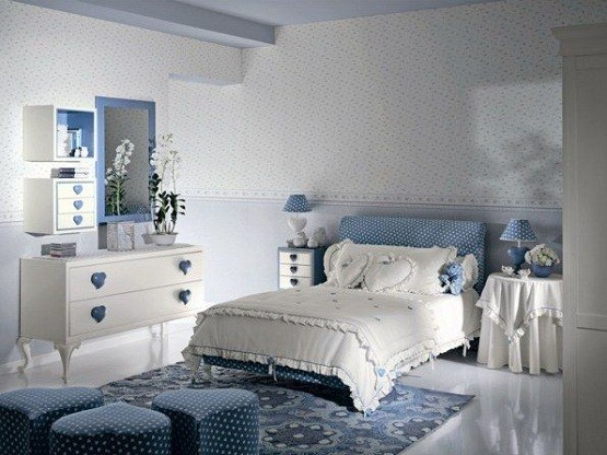 Blue Heart Teenage Girl Bedroom Designs