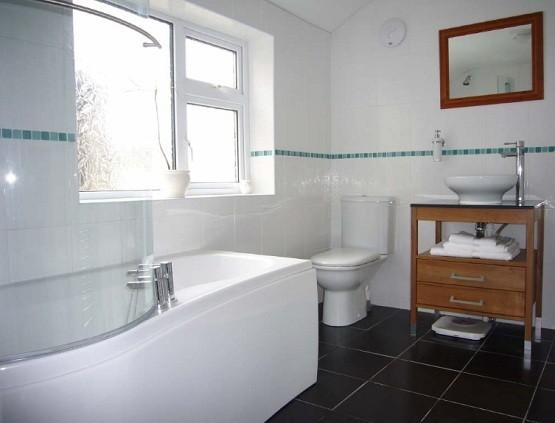 small bathroom renovation ideas for spacious look white ceramic wall chic small bathroom renovation