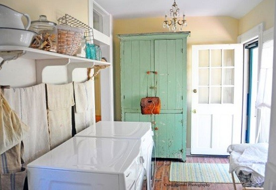 Cream color laundry room