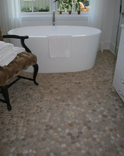 Stone tile for bathroom floor | Home Interiors