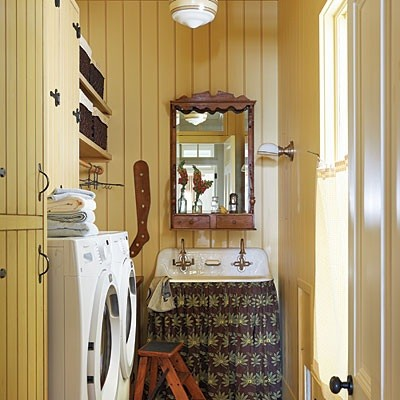 Yellow paint color laundry room ideas | Home Interiors