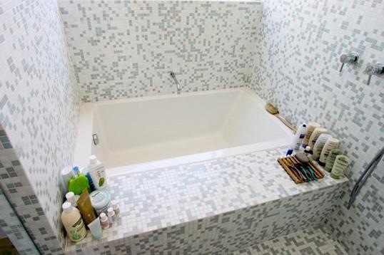 Small Bathroom Tile Design: Attractive Tiles Design For Small Bathroom