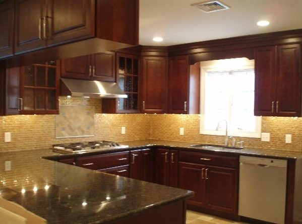 kitchen glass tiles backsplash