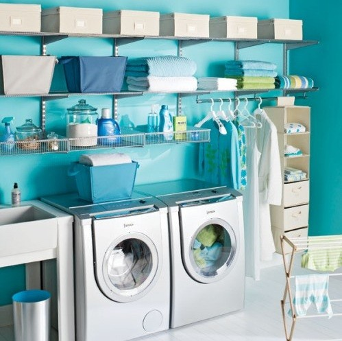 Blue color laundry room | Home Interiors