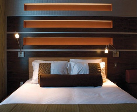 Modern Wall Lights For Bedroom