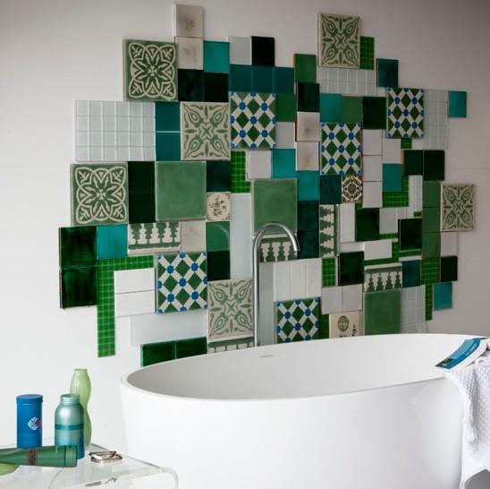 Ceramic tile combination for bathroom backplash
