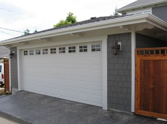 18 ft garage door and the advantages of having a wide size for Oversized garage doors