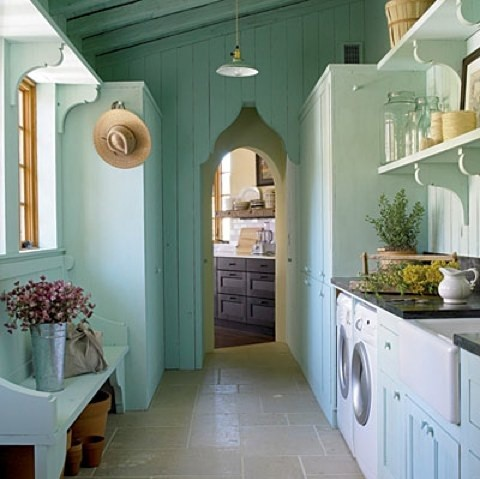 The Kind Of Vintage Laundry Room Decor   Vintage light laundry room style. Vintage light laundry room style   Home Interiors