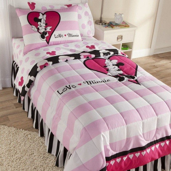 Minnie pillows and throws