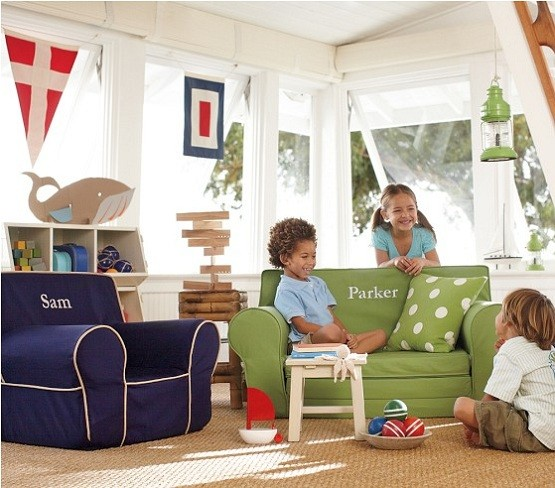 why personalized kids chairs are recommended home interiors. Black Bedroom Furniture Sets. Home Design Ideas