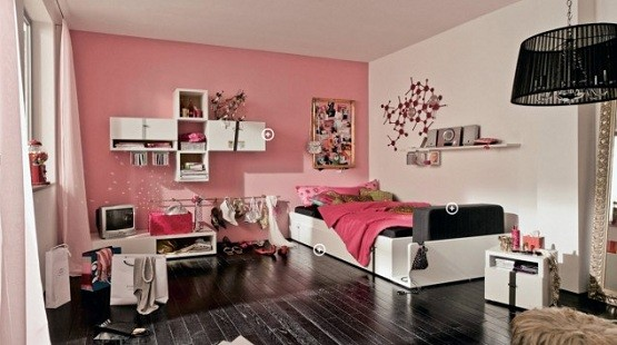 Top 3 Girls Bedroom Chandelier   Pink girl bedroom with black chandelier. Pink girl bedroom with black chandelier   Home Interiors