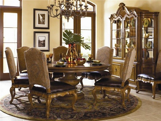 Luxurious Tuscan Dining Room Set With Bunching Curio