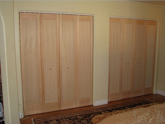Custom size interior bifold doors installation home for Custom made internal bifold doors