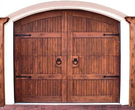 Wooden Garage Doors Design & Buying Tips
