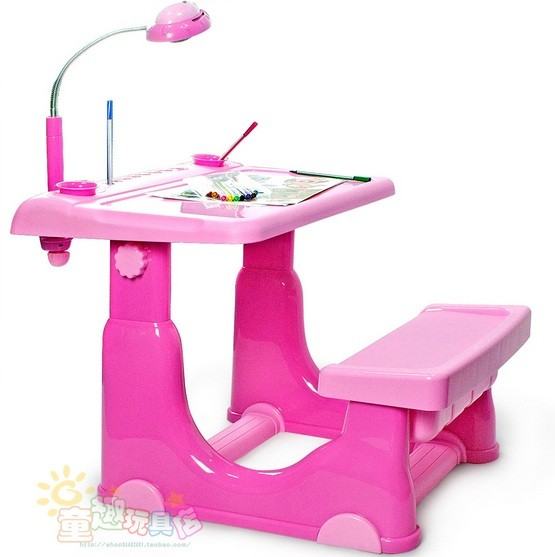 Pink desks for kids with lamp