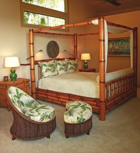 Bamboo canopy bedroom furniture with table lamps