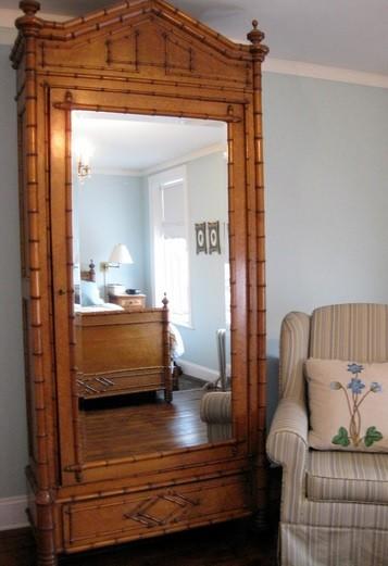 Bedroom Mirror Above Bed