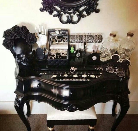 Best Gothic Bedroom Furniture For Modern Gothic Bedroom Style » Gothic  Dresser Bedroom Furniture