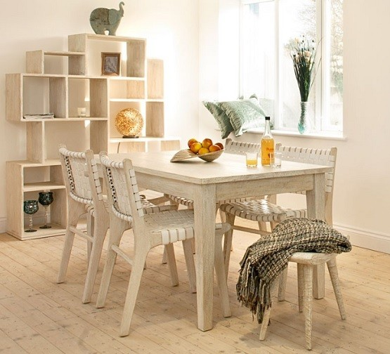 White Wood Dining Room Table: Decorating Style For Bathroom