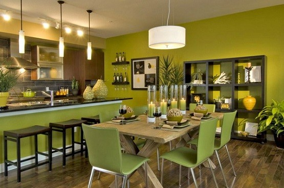 Green paint color for dining rooms with cream kitchen wall for Dining room kitchen paint colors