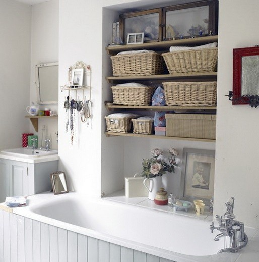 13 storage ideas for small bathroom and organization tips for Small bathroom hamper ideas