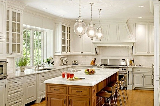 Beautiful pendant light fixtures for kitchen with clear glass