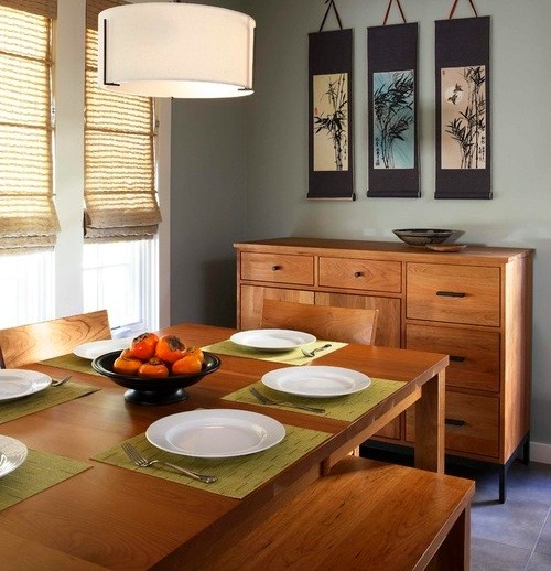 Fluorescent drum light fixtures for dining room