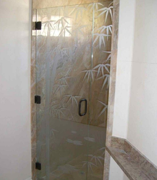 Frameless shower stall doors with bamboo glass pattern