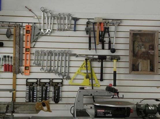 Magnetic holder storage to organize tools on garage