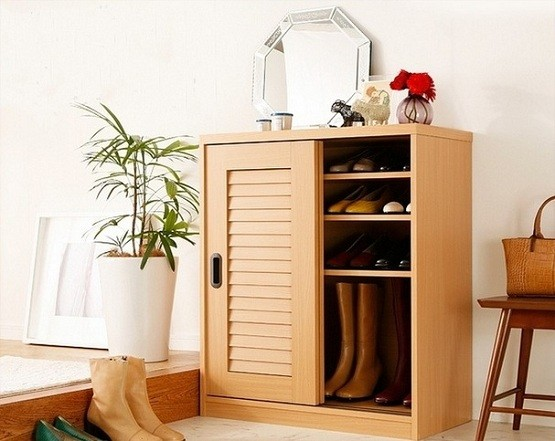 Shoe cabinet with sliding doors - Natural color