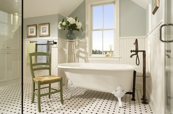 Bathroom window treatment for retro bathroom style
