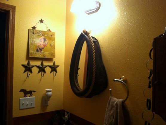 Western bathroom decor elegant and stylish decor for your for Cowgirl bathroom ideas