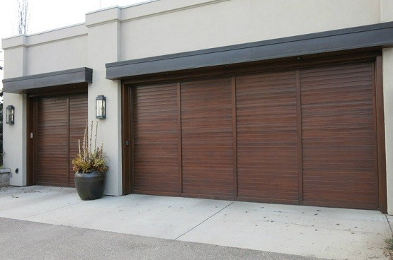 Size of two car garage door home desain 2018 for Size of two car garage door