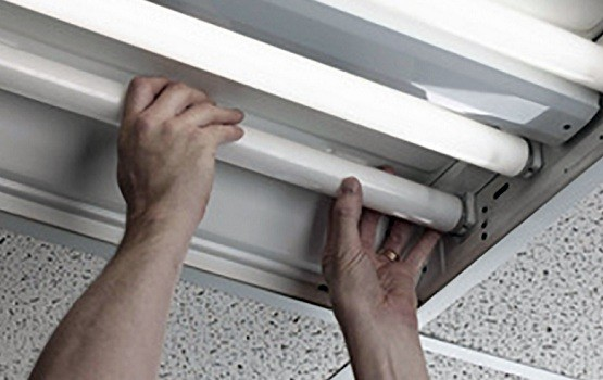 How To Change Kitchen Recessed Fluorescent Light Bulbs