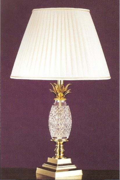 Luxurious design of battery operated table lamps