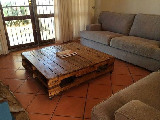 Large pallet coffee table dimensions for living room