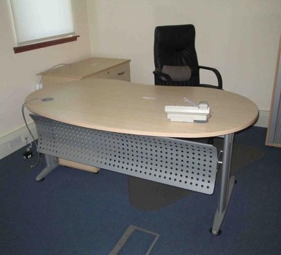 1000 Images About Kidney Shape Tables On Pinterest: Kidney Shaped Desk As Unique Furniture