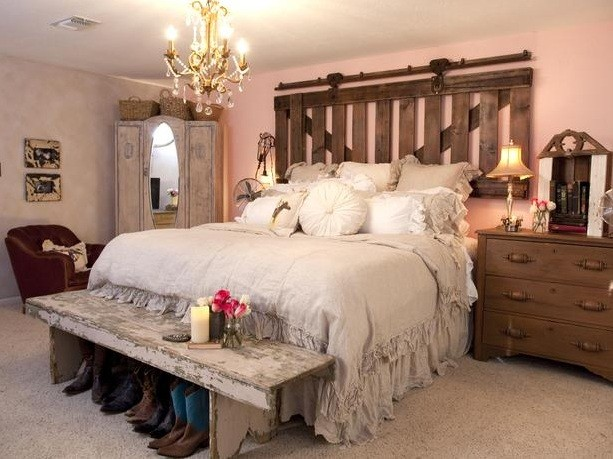 Creative Western Style Headboards With Decorative Barn Doors Home Interiors