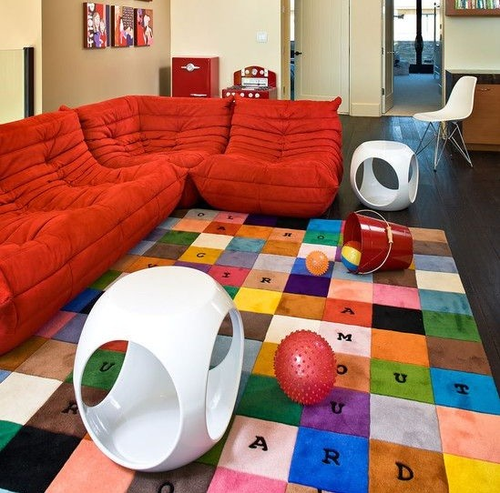 Playroom seating ideas with bean bag chair | Home Interiors