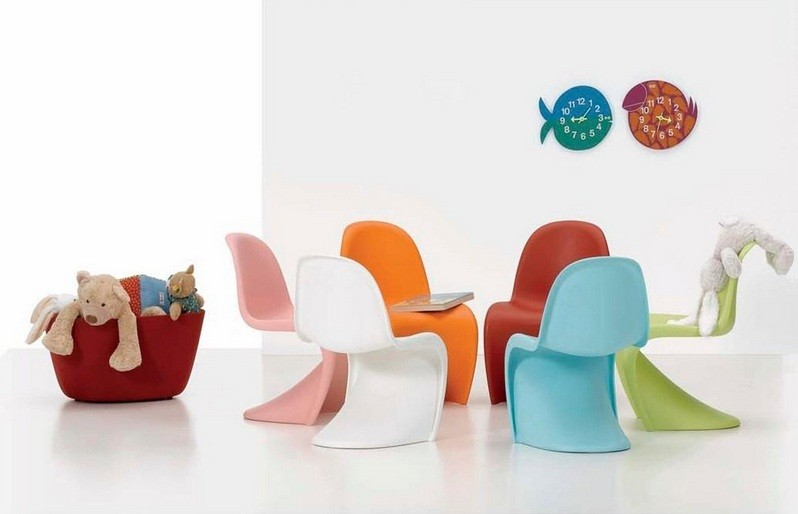 Playroom seating ideas with colorful play chairs