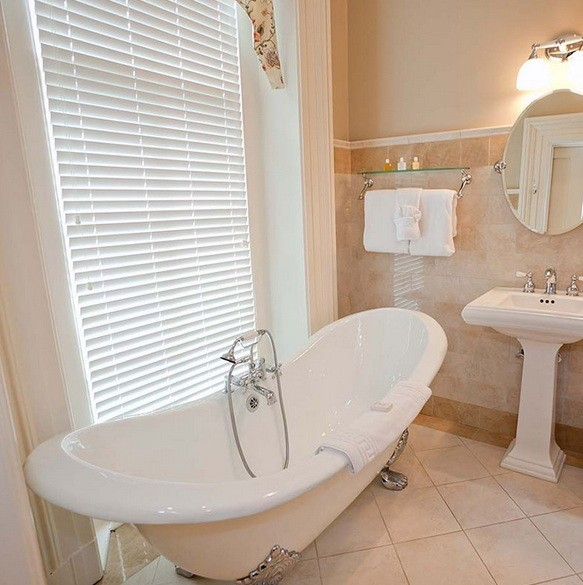 Privacy Window Treatments For The Bathroom Window Home Interiors