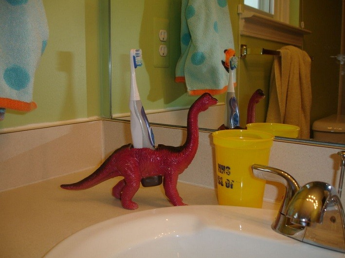 Red Dinosaur Toothbrush Holder